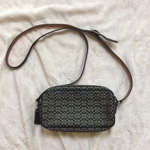Coach Mini signature Canvas crossbody shoulder bag